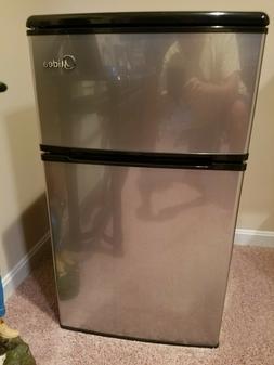 Compact 2 door refrigerator freezer. Midea 3.1 cu ft Stainle