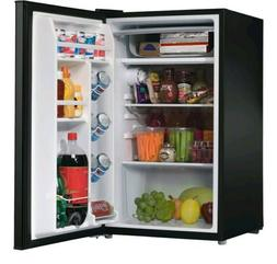 Galanz GL35BK 3.5 cu. ft. Compact Single-door Refrigerator -