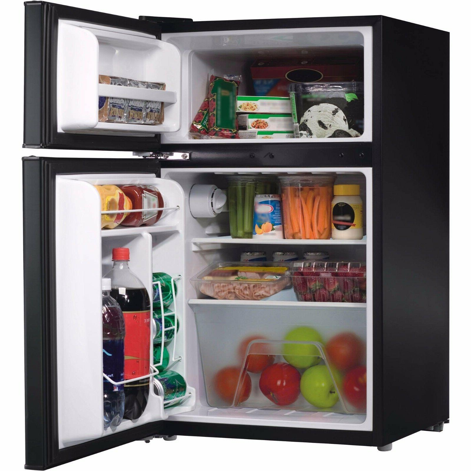 Galanz Compact Refrigerator Black