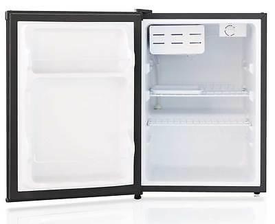 Sunpentown cu.ft. Compact Refrigerator Star